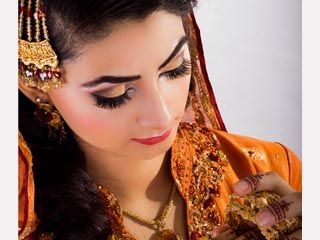 Mehndi/ Henna Makeup Hair, Makeup & Styling: Mariya Rai Photography: Ussama Rai