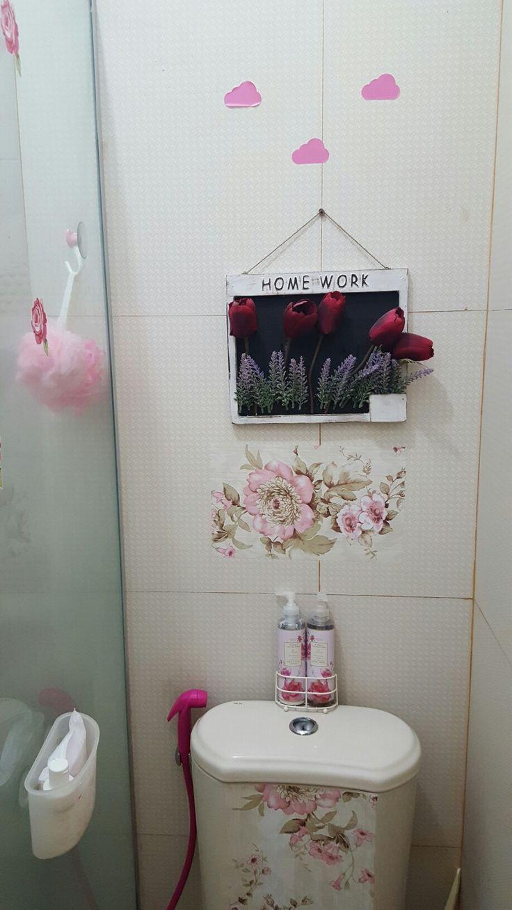 Bathroom pink