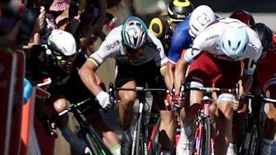 Mi opinión queda clara en el artículo. ¿Qué pensáis vosotros al respecto? #ciclismo #TourdeFrancia2017 #expulsion