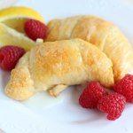 http://porch.com/gigglesgalore/lemon-cheesecake-crescent-rolls/
