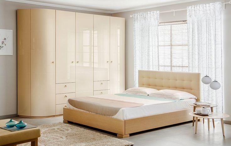 Спальня со шкафом с глянцевыми фасадами | Дизайн интерьера современной спальни  #астрон #мебель #astron #спальни
