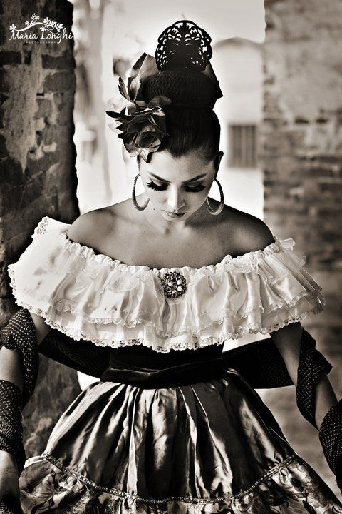 www.ballet-folklorico-leyenda.com Dances originary from PUEBLA, MEXICO.  South central Mexico. From the times of colonial settlement. #BalletFolkloricoLEYENDA #BalletFolkloricoRiversideCalifornia #InlandEmpireFolklorico