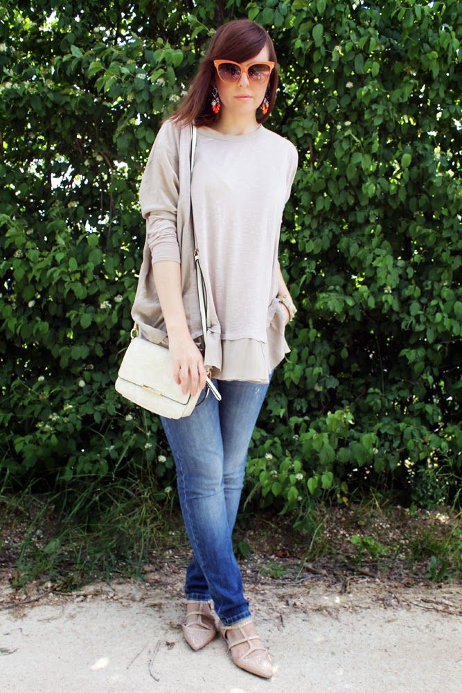 http://amemipiacecosi.blogspot.it/2014/05/outfit-maglia-oversize-beige-e.html  #zara #ballet #flats #pink #rhinestones #denim #jeans #liujo #kaos #shirt #oversize #oversizedshirt #beige #silk #minibag #whitebag #bag #modchantal #polette #sunglasses #occhiali #occhialidasole #diva #orange #dresslily #earrings #shourouk #scarpe #shoes #outfit #ootd #springoutfit #spring