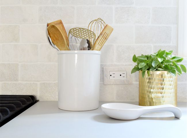 How to turn your outlets sideways and lower them to hide them more easily!! More kitchen reno tips if you click through.