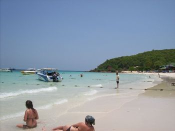 Photos of Koh Larn Coral Island Trip from Pattaya including Seafood Lunch http://www.partner.viator.com/en/4766/tours/Pattaya/Koh-Larn-Coral-Island-Trip-from-Pattaya-including-Seafood-Lunch/d344-3685PAT20C