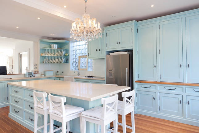 8 best images about painted cabinets on pinterest how to for Blue and white kitchen cabinets