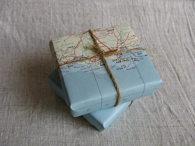Using an old map as giftwrap..... genius!