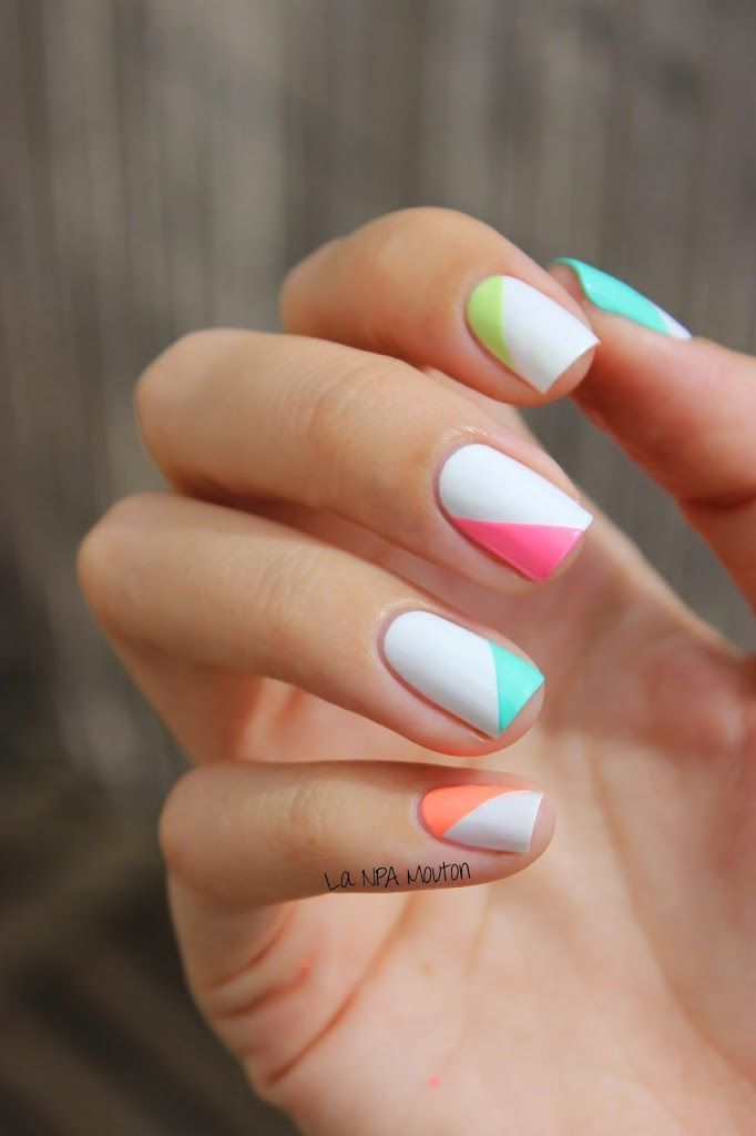 40 Summer Nails Art Ideas For A Fresh And Sunny Vibe #nails #nailart #summer #co…