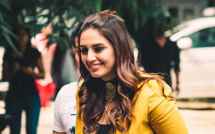 Herunterladen hintergrundbild huma qureshi, 4k, indische schauspielerin, lächeln, porträt, bollywood, indische frauen