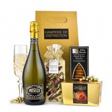 The Deluxe Prosecco Gift Box A gift box filled with Prosecco Treviso, mixed berry biscuits,handmade chocolate bar and classic truffles. A gift to spoil your loved one#UK