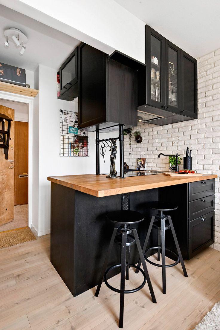 una cocina en negro para 20m2 decor pinterest kitchens studio and kitchenette. Black Bedroom Furniture Sets. Home Design Ideas