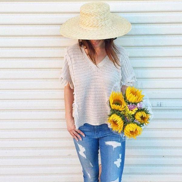 Рваные джинсы – must-have этого сезона. Благодаря тщательно продуманным и филигранно выполненным рваностям джинсы 7 For All Mankind смотрятся не только модно, но и изысканно. Подобрать себе стильные джинсы 7 For All Mankind, а также других именитых американских брендов вы сможете в JiST или jist.ua. Теперь с приятной скидкой до 70%.