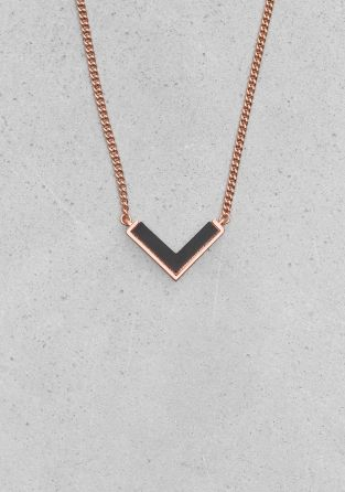 OTHER STORIES An edgy brass necklace featuring a delicate chain and V-shaped genuine stone.