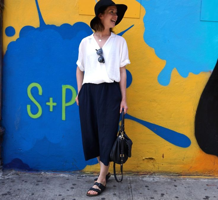 Culottes, white shirt and a big hat