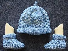 I keep losing this knitting pattern, so I shall pin it. Booties with a matching hat, easy knit and purl pattern.