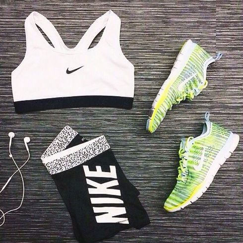 I'm gonna love this sports shoes site!wow,it is so cool.free run shoes only $21 to get