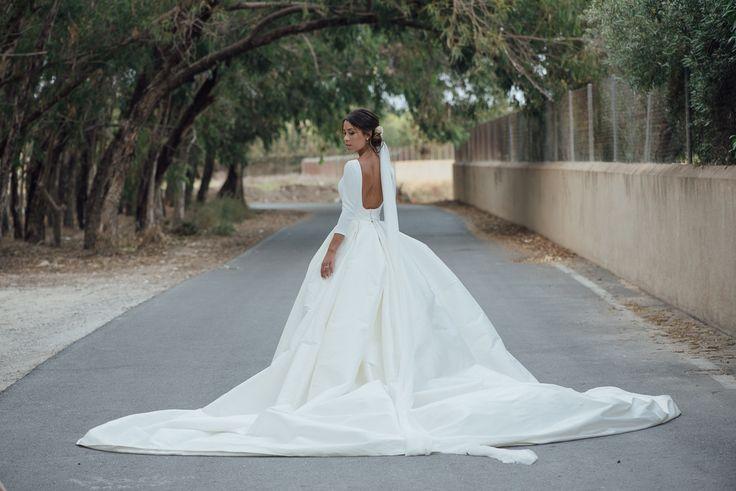 WEDDING PHOTOGRAPHY-   LOVELY WEDDING DRESS - RUBEN HERNANDEZ - KIWO.ES