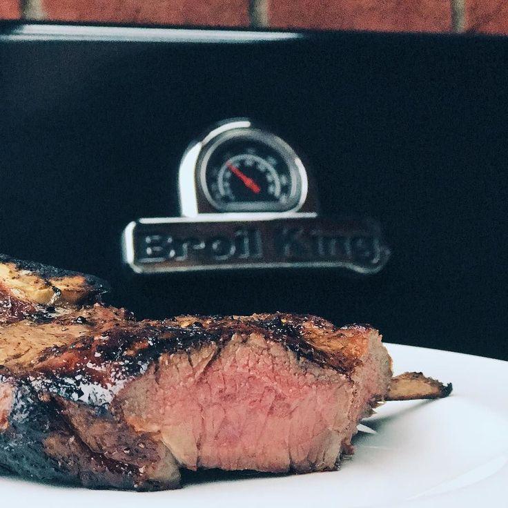 Ugrillowany do perfekcji #stek #wolowina #broilkingpl #broilkingbbq #mniammniam #grill #grillgazowy #jemzdrowo #foodporn