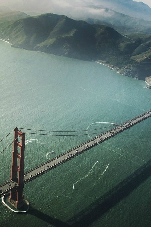 Golden Gate Bridge, San Francisco, United States.