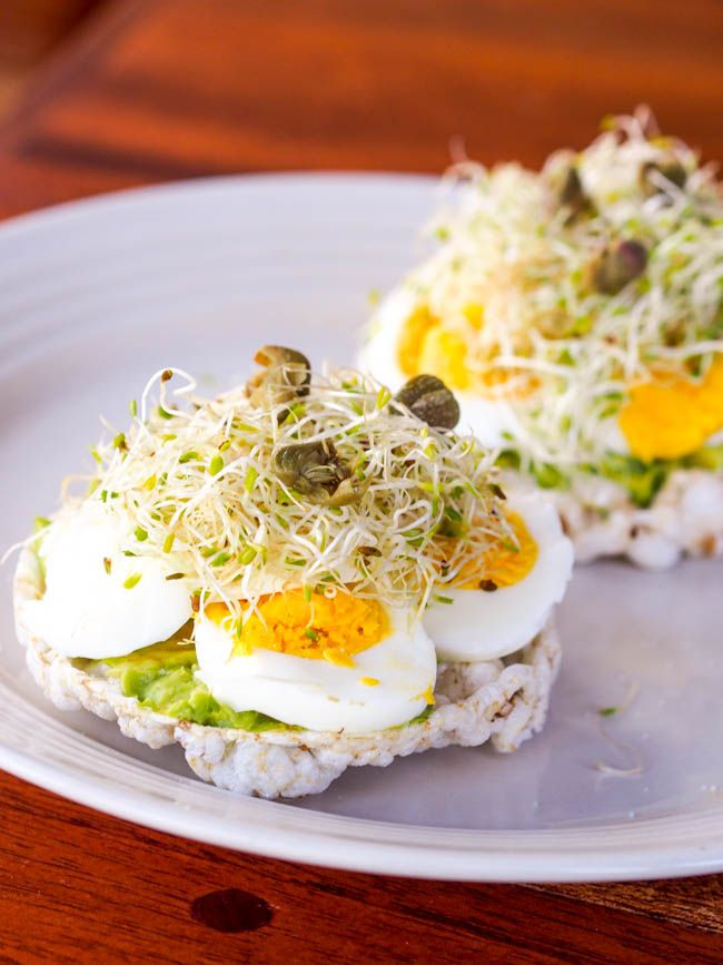 Avocado and Egg Rice Crackers Serve on Wasa crackers