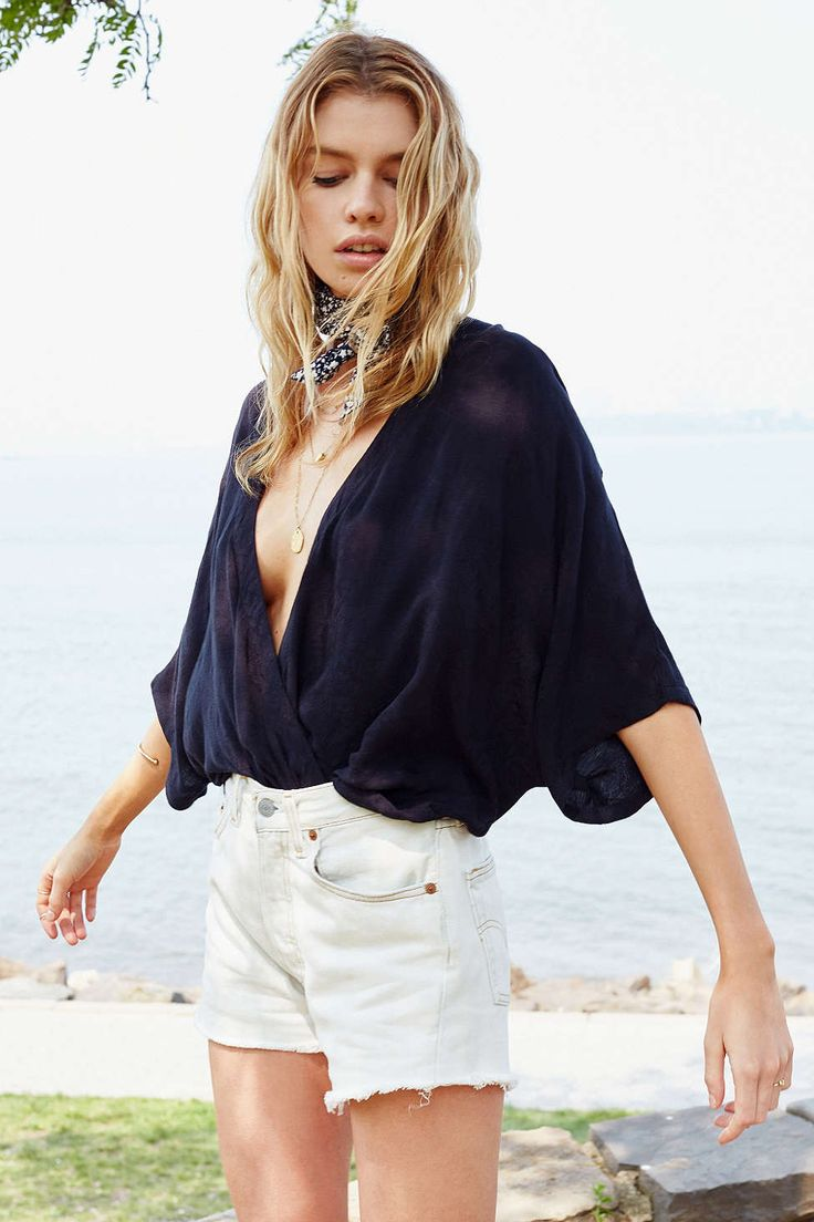 Kimchi Blue Modern Surplice Top - Urban Outfitters