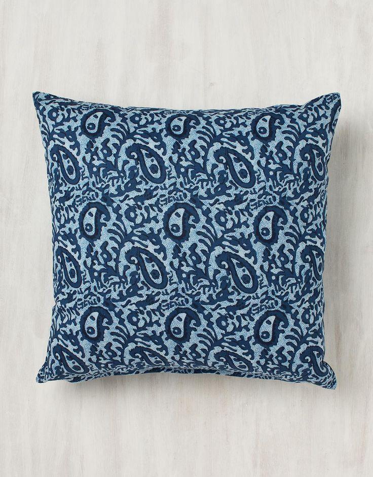 PAISLEY pute blå | Pillow | Pillow | Puter | Home | INDISKA Shop Online