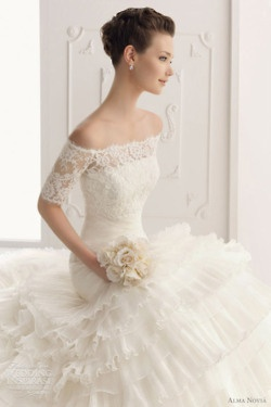 Beautiful!Dresses Wedding, Ideas, Wedding Dressses, Lace Wedding Dresses, Organza Wedding Dresses, Dreams, Lace Sleeve, The Dresses, Lace Dresses