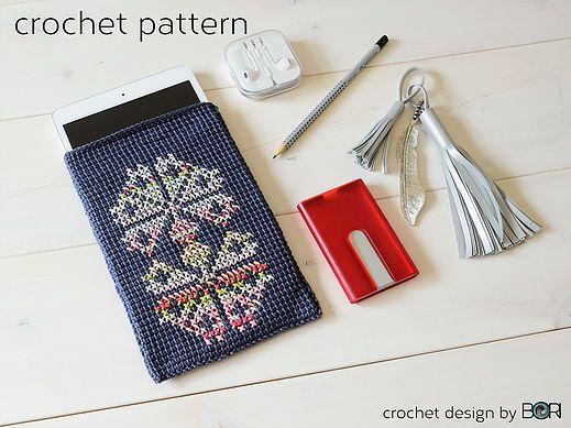 crochet pattern for handmade iPad case, cross stitch motif, easy, diy, colorful, cotton, yarn, dark gray, boho, folk