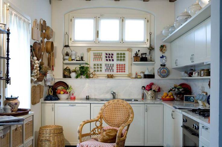 La cucina provenzale perfetta. #design #interni #cucina  https://www.homify.it/ambiente/cucina
