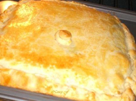 Empadão Massa de Iogurte e Recheio de Palmito - Veja como fazer em: http://cybercook.com.br/receita-de-empadao-massa-de-iogurte-e-recheio-de-palmito-r-13-14389.html?pinterest-rec