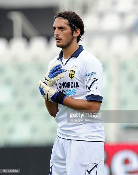 Simone Colombi of Modena in action during the Serie B match between SS Virtus Lanciano and Modena FC at Adriatico Stadium on September 29 2012 in...