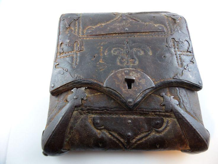 Meldertasche Kartentasche Depeschen Militaria um 1750 Beschlägen Leder Metall