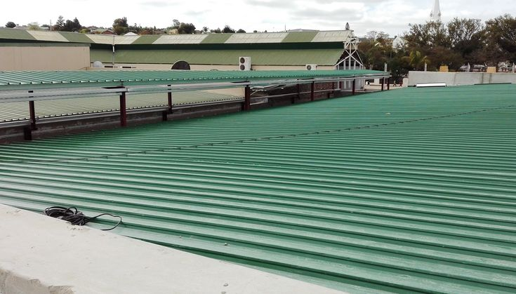 De Bron Shopping Centre in Malmesbury - Roof Replacement #kliplok #colorbond #paramountroofing