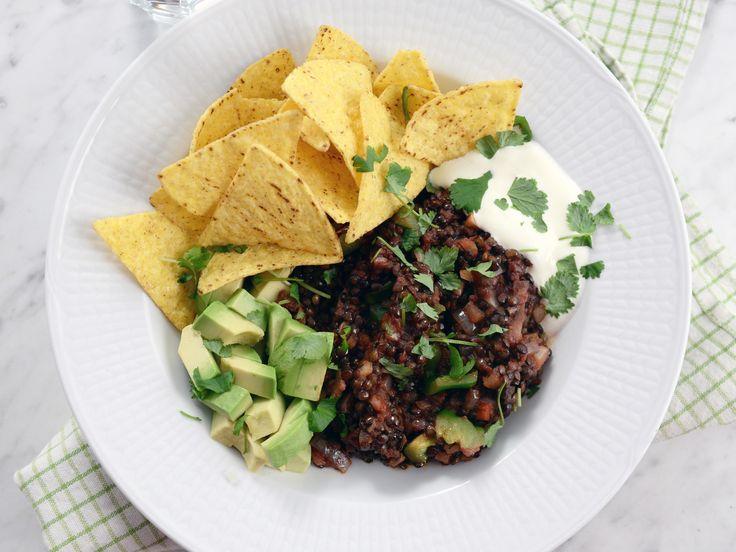 Mexikansk linsgryta med avokado och nachochips | Recept från Köket.se