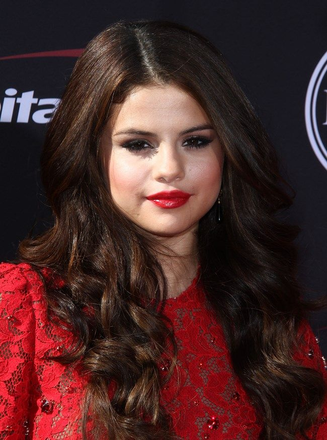 Blog de la Tele: Selena Gomez al rojo vivo en los Premios ESPY 2013