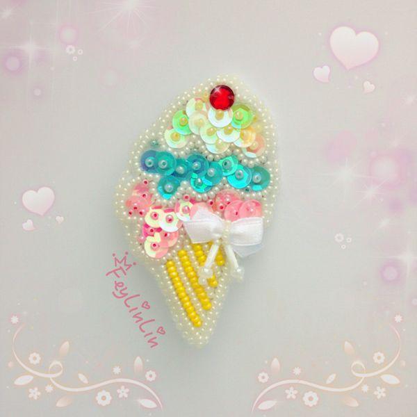 Bead embroidered brooch Ice cream ||| Брошь из бисера Мороженое _________________ #FeyLinLin #icecream #embroidery #beads #kawaii #cute #brooch #брошь #вышивка #бисер #ビーズ刺繍