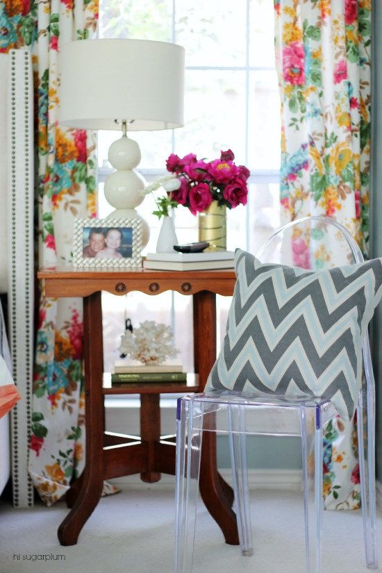 Hi Sugarplum | Add color & personality to your bedroom with vibrant drapes & statement lamps from HomeGoods (sponsored pin)