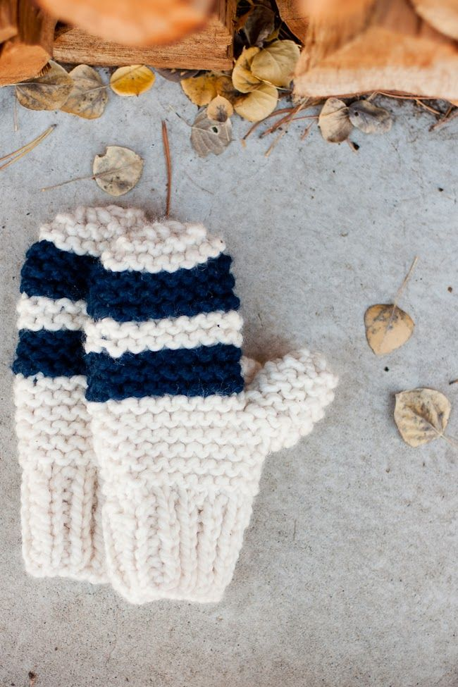 Chunky garter stitch mittens pattern by Flax and Twine