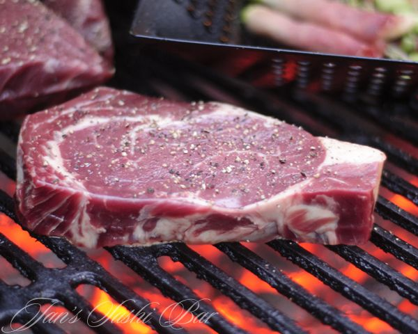 The Benefits of Grass-Fed Beef, and How To Grill The Perfect Steak