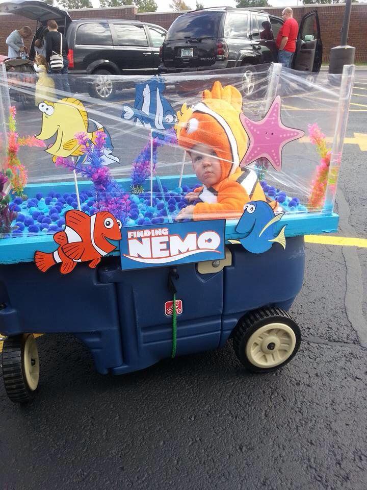 "Halloween Costume ""Finding Nemo""                                                                                                                                                     More"
