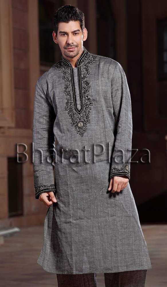Dark Grey Pathani Suit  Item code : SKB2022 https://twitter.com/bharatplaza_in  https://www.facebook.com/bharatplazaindianbridal