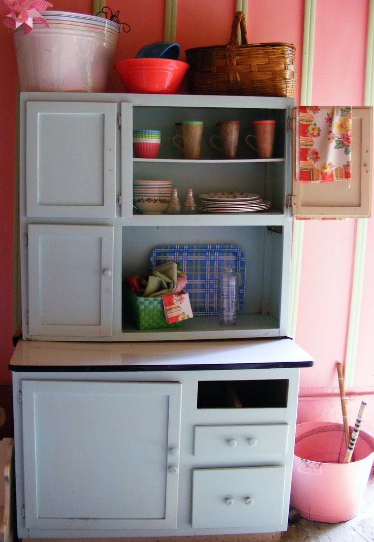 10 images about hoosier cabinets on pinterest ebay for Artsy kitchen ideas