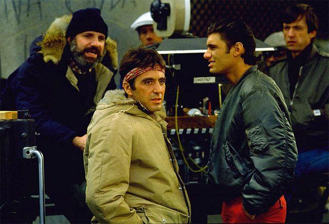 Al Pacino y el director Brian de Palma en el set de 'Scarface' (1983)