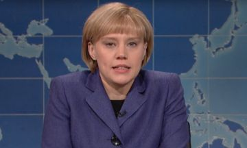 'SNL's' Angela Merkel Is Not Happy Donald Trump Is Time's 'Person Of The Year' | The Huffington Post