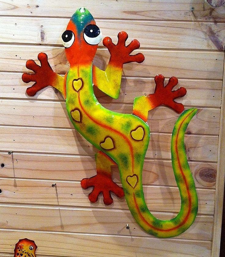 Large 85cm Natural Pattern Green Gecko Recycled Metal Garden Art-  Home & Garden metal Art Creature
