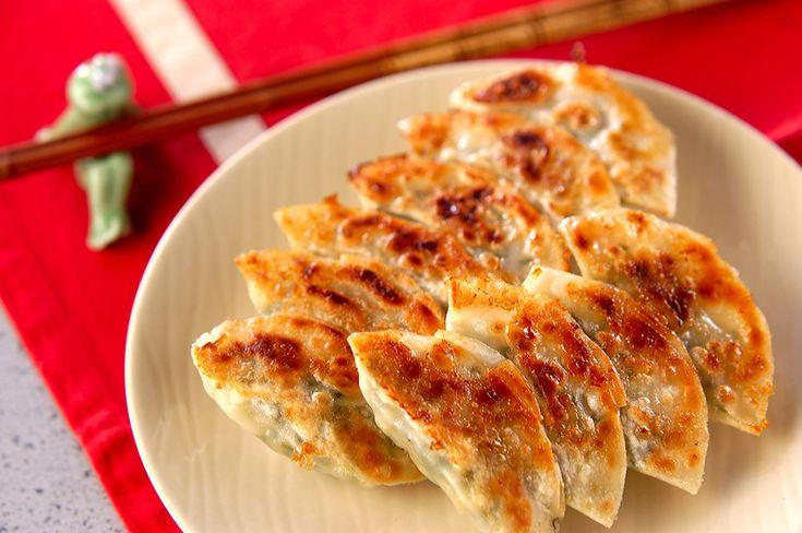 カリカリ焼き餃子[中華/焼きもの、オーブン料理]2005.03.06公開のレシピです。
