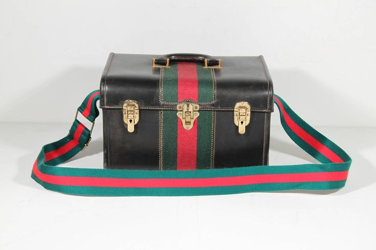 GUCCI Italian VINTAGE Black Leather HARD TRAIN CASE Beauty TRAVEL w/ Stripes PB