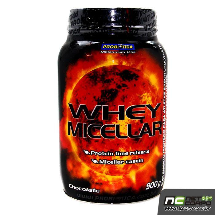 """Whey Micellar Probiótica é formulado com a associação de Whey Protein (Proteína do soro do leite) e Caseína Micellar com adição de carboidratos, ideal para ser tomado após o treino com objetivo de fornecimento de energia e proteína. A composição protéica do Whey Micellar Probiótica fornece 18g de proteína """"time release"""" - liberação gradativa de aminoácidos para o músculo."""