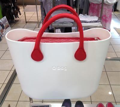 O Bag Bianca , manici e canvas rossi