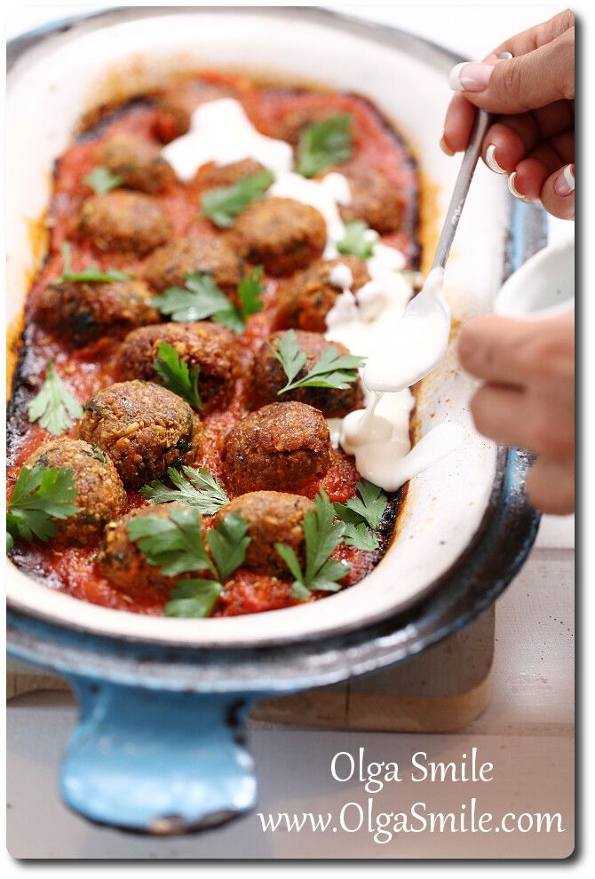 Pulpeciki z ciecierzycy z sosem pomidorowym Olgi Smile